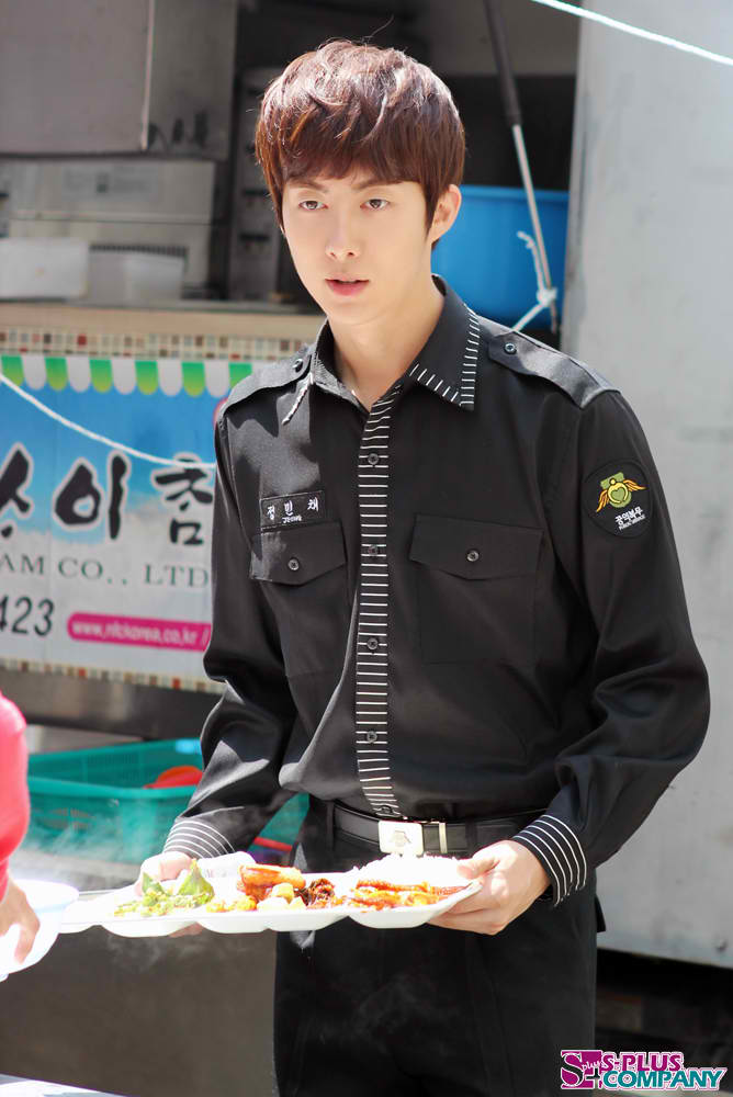-uploaded-hyungjun.co.kr_still_130_khj_iloveu_20120508(1).jpg